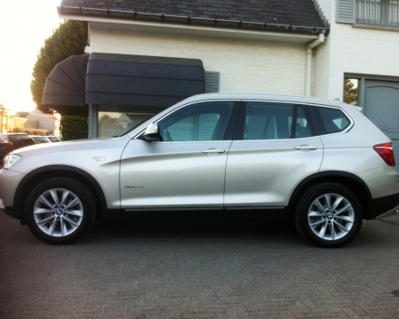 BMW X3  2,0D X-DRIVE FULL OPTION