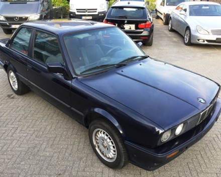 VERKOCHT  BMW E30  318 I COUPE