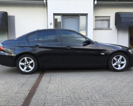 VERKOCHT  BMW 318 D