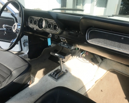 OLDTIMER  FORD MUSTANG  4,7 V8   15/09/1966   67648 KM